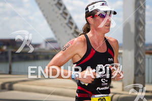 Donna Phelan (CAN) on run at the 2011 Ford Ironman Louisville