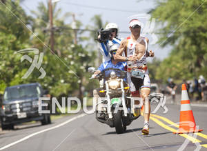 Craig Alexander runs on Alii Drive during the 2011 Ford Ironman World Championships