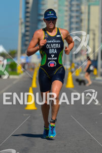 Brazilian star Pamella Oliveira running for the win at the 2013 Vila Velha ITU Triathlon Pan American Cup on June 30, 2013.