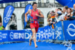 Javier Gomez runnig to transition at the 2014 Hamburg World…